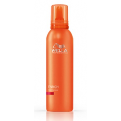 Wella Professionals Enrich Repairing Mousse for damaged hair 150 ml